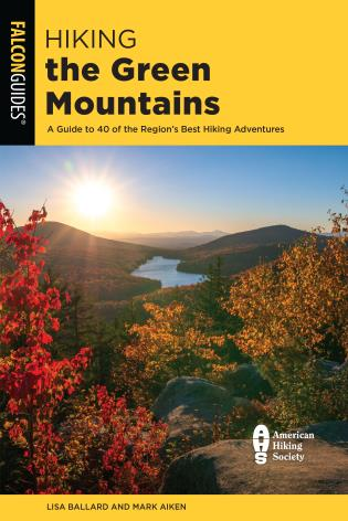 Cover Image of the book titled Hiking the Green Mountains